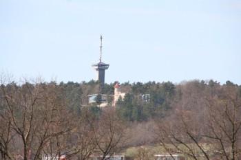 Der Funkturm über dem